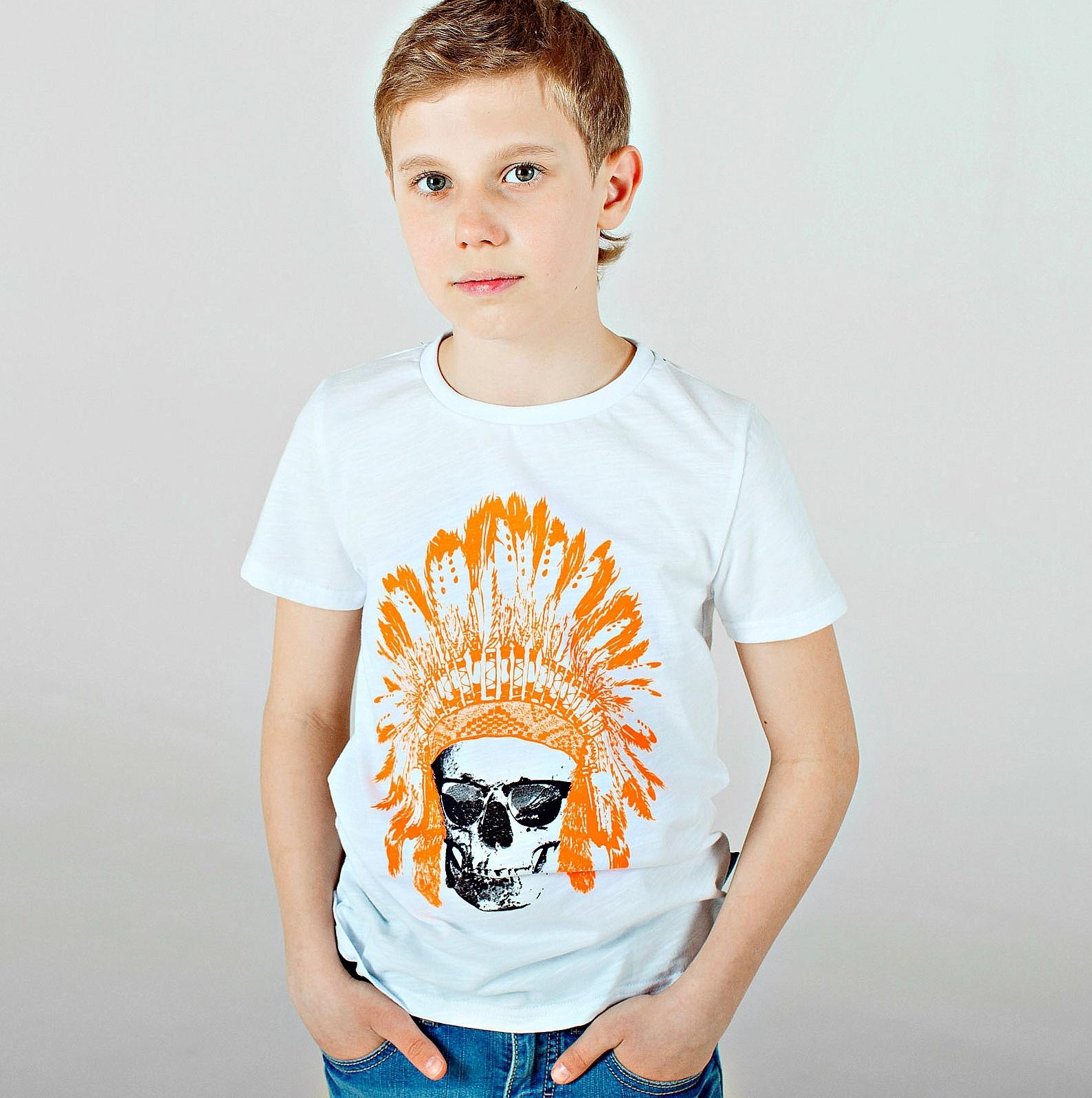 Футболка с ярким принтом для мальчика