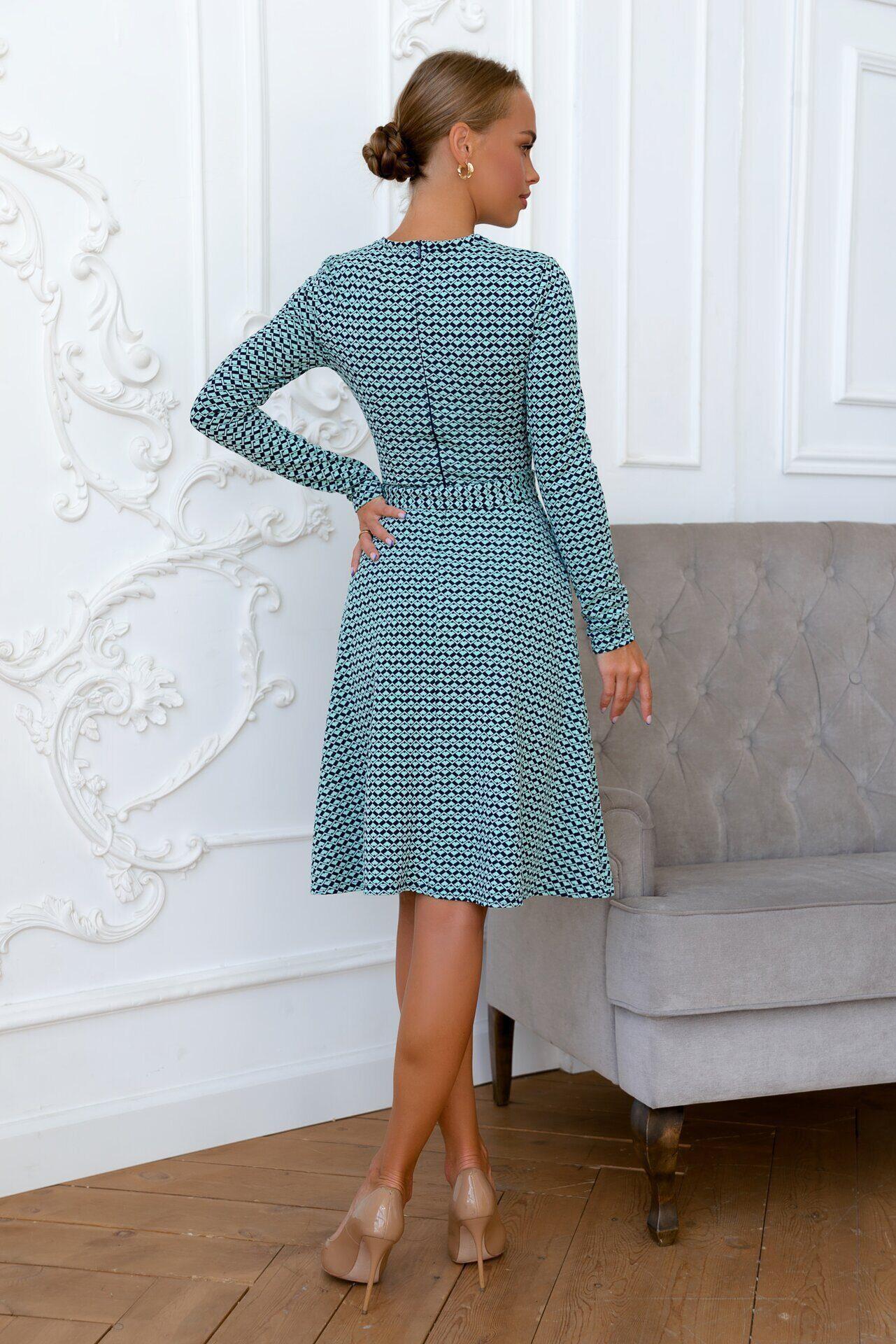 Нарядное платье с рисунком