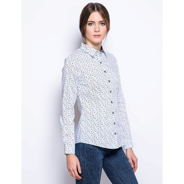 Рубашка женская белая с рисунком - огурцы