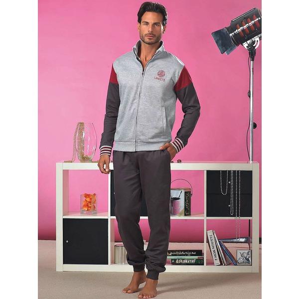 Комплект: куртка и брюки